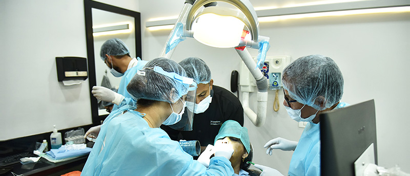 Training on Implants Case Selection