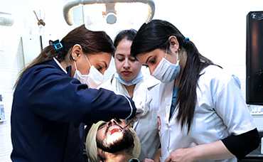 Dental Academy in Delhi, Dental Diploma Courses in Delhi, Dental Training in Delhi